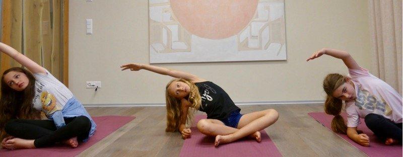 Activités développement athlètes stretching yoga